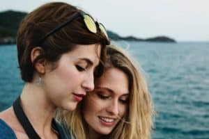 7 Ways to Support Your Friend in a Long Distance Relationship